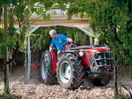 SX Serie S - Macchine e attrezzature agricole, Trattori