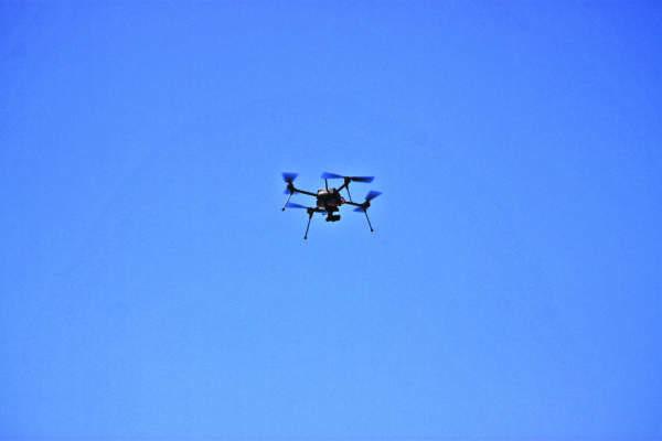 Il drone a 4 eliche di Arvatec.