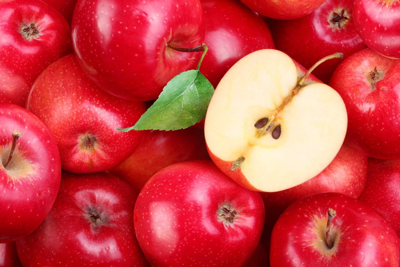 Prime quotazioni per le mele rosse biologiche